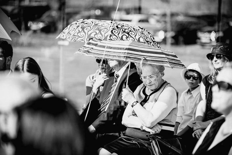 Braut, Bräutigam, Brautstrauß, Brautstraussliebe, Deko, Dekoration, Fotografie, freie Trauung, Freudentränen, Golfplatz, Gründau, Gut Hühnerhof, Hochzeit, Hochzeiten, Hochzeitsbilder, Hochzeitsdeko, Hochzeitsfotograf, Hochzeitsfotos, Hochzeitsliebe, Hochzeitsmakeup, Hochzeitsreportage, Idyllisch, Party, profesionelle Hochzeitsbilder, professioneller Hochzeitsfotograf, Reportage, Rhein-Main-Gebiet, Romantisch, Sektempfang, Sommerhochzeit, Sonnenstrahlen, süss, Trauredner, unkonventionell, Verträumt, Wedding (25)