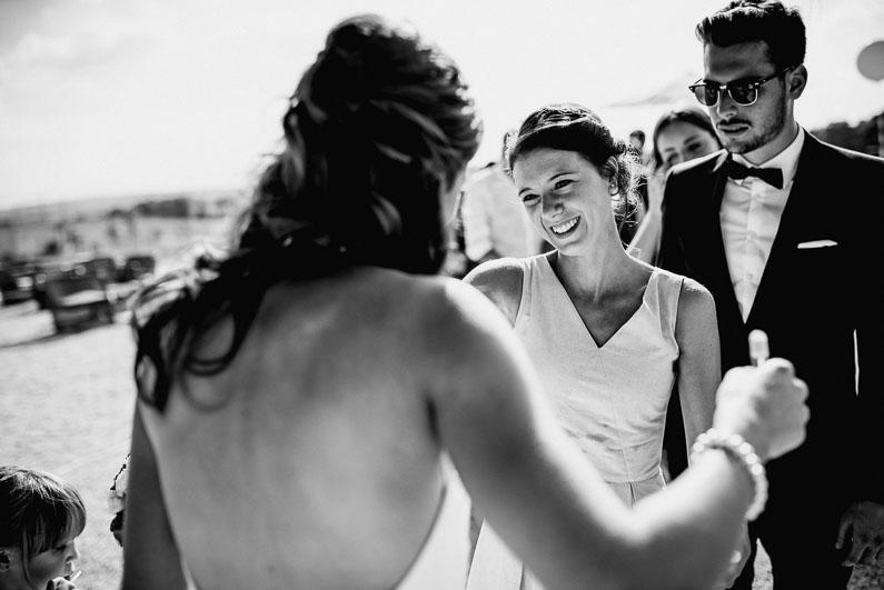 Braut, Bräutigam, Brautstrauß, Brautstraussliebe, Deko, Dekoration, Fotografie, freie Trauung, Freudentränen, Golfplatz, Gründau, Gut Hühnerhof, Hochzeit, Hochzeiten, Hochzeitsbilder, Hochzeitsdeko, Hochzeitsfotograf, Hochzeitsfotos, Hochzeitsliebe, Hochzeitsmakeup, Hochzeitsreportage, Idyllisch, Party, profesionelle Hochzeitsbilder, professioneller Hochzeitsfotograf, Reportage, Rhein-Main-Gebiet, Romantisch, Sektempfang, Sommerhochzeit, Sonnenstrahlen, süss, Trauredner, unkonventionell, Verträumt, Wedding (31)