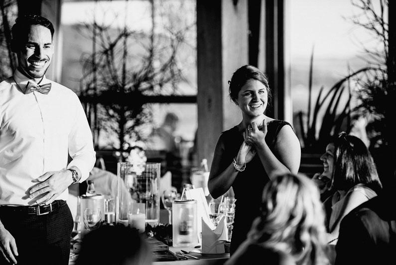 Braut, Bräutigam, Brautstrauß, Brautstraussliebe, Deko, Dekoration, Fotografie, freie Trauung, Freudentränen, Golfplatz, Gründau, Gut Hühnerhof, Hochzeit, Hochzeiten, Hochzeitsbilder, Hochzeitsdeko, Hochzeitsfotograf, Hochzeitsfotos, Hochzeitsliebe, Hochzeitsmakeup, Hochzeitsreportage, Idyllisch, Party, profesionelle Hochzeitsbilder, professioneller Hochzeitsfotograf, Reportage, Rhein-Main-Gebiet, Romantisch, Sektempfang, Sommerhochzeit, Sonnenstrahlen, süss, Trauredner, unkonventionell, Verträumt, Wedding (45)