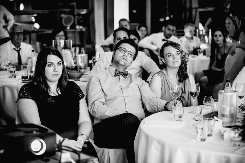 Braut, Bräutigam, Brautstrauß, Brautstraussliebe, Deko, Dekoration, Fotografie, freie Trauung, Freudentränen, Golfplatz, Gründau, Gut Hühnerhof, Hochzeit, Hochzeiten, Hochzeitsbilder, Hochzeitsdeko, Hochzeitsfotograf, Hochzeitsfotos, Hochzeitsliebe, Hochzeitsmakeup, Hochzeitsreportage, Idyllisch, Party, profesionelle Hochzeitsbilder, professioneller Hochzeitsfotograf, Reportage, Rhein-Main-Gebiet, Romantisch, Sektempfang, Sommerhochzeit, Sonnenstrahlen, süss, Trauredner, unkonventionell, Verträumt, Wedding (52)