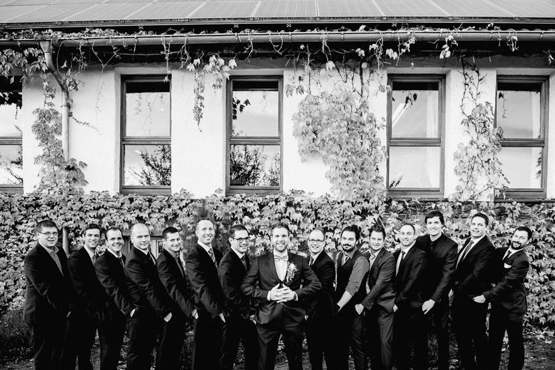 Aschaffenburg, Bäume, Braut, Bräutigam, Brautstrauß, Brautstraussliebe, Fotografie, Frankfurt, Herbsthochzeit, Hochzeit, Hochzeiten, Hochzeitsbilder, Hochzeitsfotograf, Hochzeitsfotos, Hochzeitsliebe, Hochzeitsmakeup, Hochzeitsreportage, Lichtung, Mönchberg, Obstkeller, Oktober, Park Schönbusch, profesionelle Hochzeitsbilder, professionelle Hochzeitsbilder, professioneller Hochzeitsfotograf, Reportage, Restaurant Schönbusch, Rhein-Main-Gebiet, Romantisch, Schönbusch, Sonne, Sonnenschein, Sonnenstrahlen, Spätsommer, Spiegelsaal, Wedding (61)