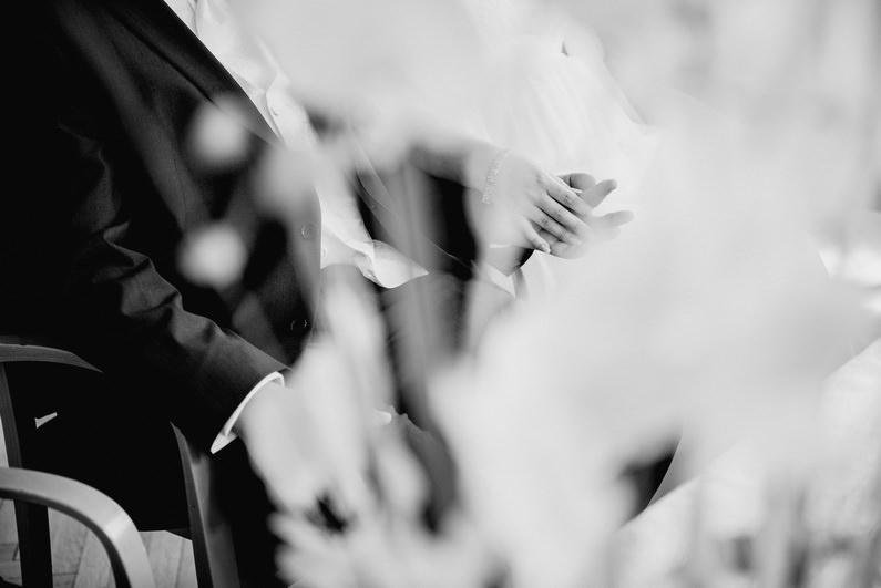 April, Aprilhochzeit, Bäume, Bensheim, Braut, Bräutigam, Brautstrauß, Brautstraussliebe, Bürstadt, Darmstadt, Fotografie, Frühlingshochzeit, Heidelberg, Heppenheim, Hochzeit, Hochzeiten, Hochzeitsbilder, Hochzeitsfotograf, Hochzeitsfotos, Hochzeitsliebe, Hochzeitsmakeup, Hochzeitsreportage, Ludwigshafen, Mannheim, Park, profesionelle Hochzeitsbilder, professionelle Hochzeitsbilder, professioneller Hochzeitsfotograf, Reportage, Rhein-Main-Gebiet, Romantisch, Sonnenstrahlen, Vereinsheim, Vettel, Wedding, Weinheim, Worms (15)